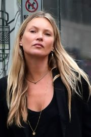 Kate Moss Out and About in London 2020/06/19 14