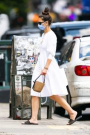 Katie Holmes Out and About in New York 2020/06/12 4