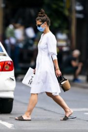 Katie Holmes Out and About in New York 2020/06/12 5