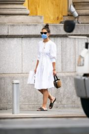 Katie Holmes Out and About in New York 2020/06/12 7