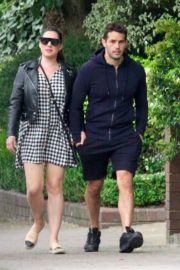 Kelly Brook and Jeremy Parisi Out and About in London 2020/06/04 1