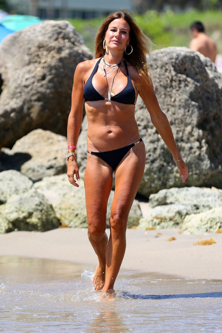 Kelly Killoren Bensimon in a Melissa Odabash Bikini at Beach in Florida 2020/06/14 13
