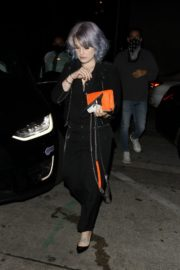 Kelly Osbourne Out for Dinner at Craig's in West Hollywood 2020/06/19 4