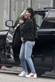 Kelly Rowland Arrives at a Doctor's Office in Beverly Hills 2020/06/05 2