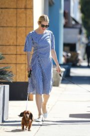 Kelly Rutherford Out with Her Dogs in Santa Monica 2020/06/10 10