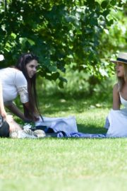 Kimberley Garner with Friends at Hyde Park in London 2020/06/06 11