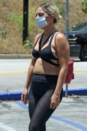 Lady Gaga in a Bikini Top Out for Coffee in Hollywood 2020/05/30 6