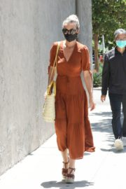 Laeticia Hallyday Out Shopping in Santa Monica 2020/06/06 2