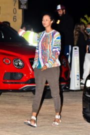 Lais Ribeiro Out for Dinner at Nobu in Malibu 2020/06/14 8