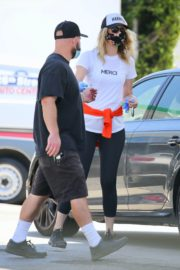 Laura Dern Out and About in Brentwood 2020/06/10 2