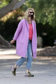 Laura Dern Out with Her Dog in Pacific Palisades 2020/06/02 1