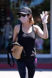 Lisa Rinna Shopping at Beverly Glen in Beverly Hills 2020/06/09 7