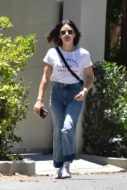 Lucy Hale in Denim Out in Studio City 2020/06/09 4