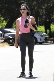 Lucy Hale Out Hiking in Los Angeles 2020/06/11 1
