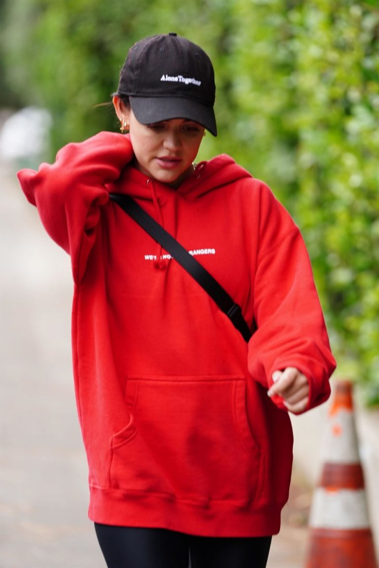 Lucy Hale Out in Studio City 2020/06/05 6