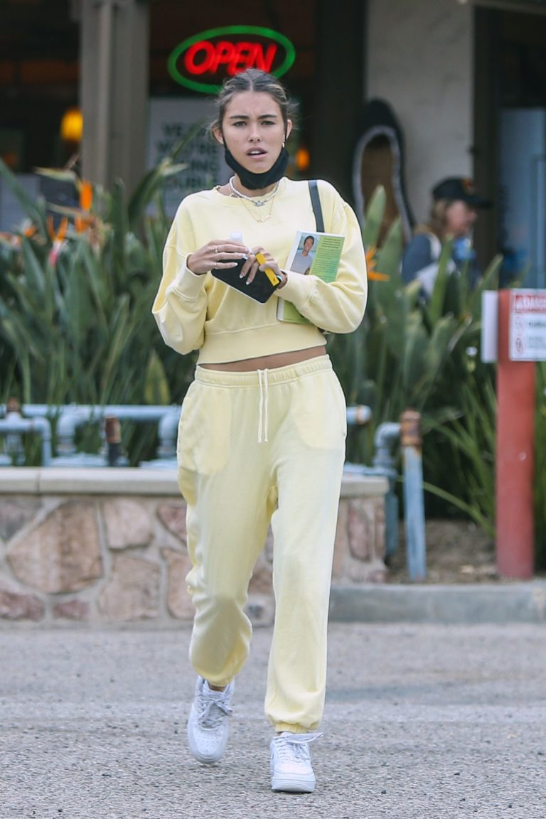 Madison Beer Out and About in Los Angeles 2020/06/01 4
