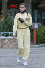 Madison Beer Out and About in Los Angeles 2020/06/01 5