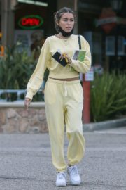 Madison Beer Out and About in Los Angeles 2020/06/01 6