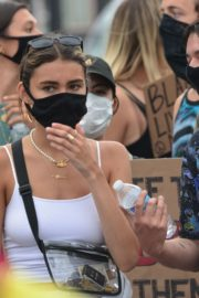 Madison Beer Out Black Lives Matter Protesting in Los Angeles 2020/06/05 8