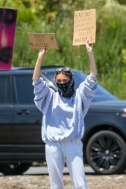 Madison Beer Out Black Lives Matter Protesting in Malibu 2020/06/03 1
