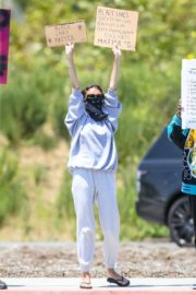 Madison Beer Out Black Lives Matter Protesting in Malibu 2020/06/03 4