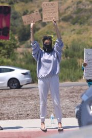 Madison Beer Out Black Lives Matter Protesting in Malibu 2020/06/03 11