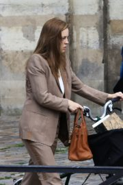 Melissa George Riding a Bike Out in Paris 2020/06/10 9