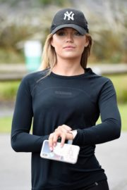 Molly Smith Out Jogging in Manchester 2020/06/12 3