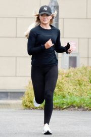Molly Smith Out Jogging in Manchester 2020/06/12 8