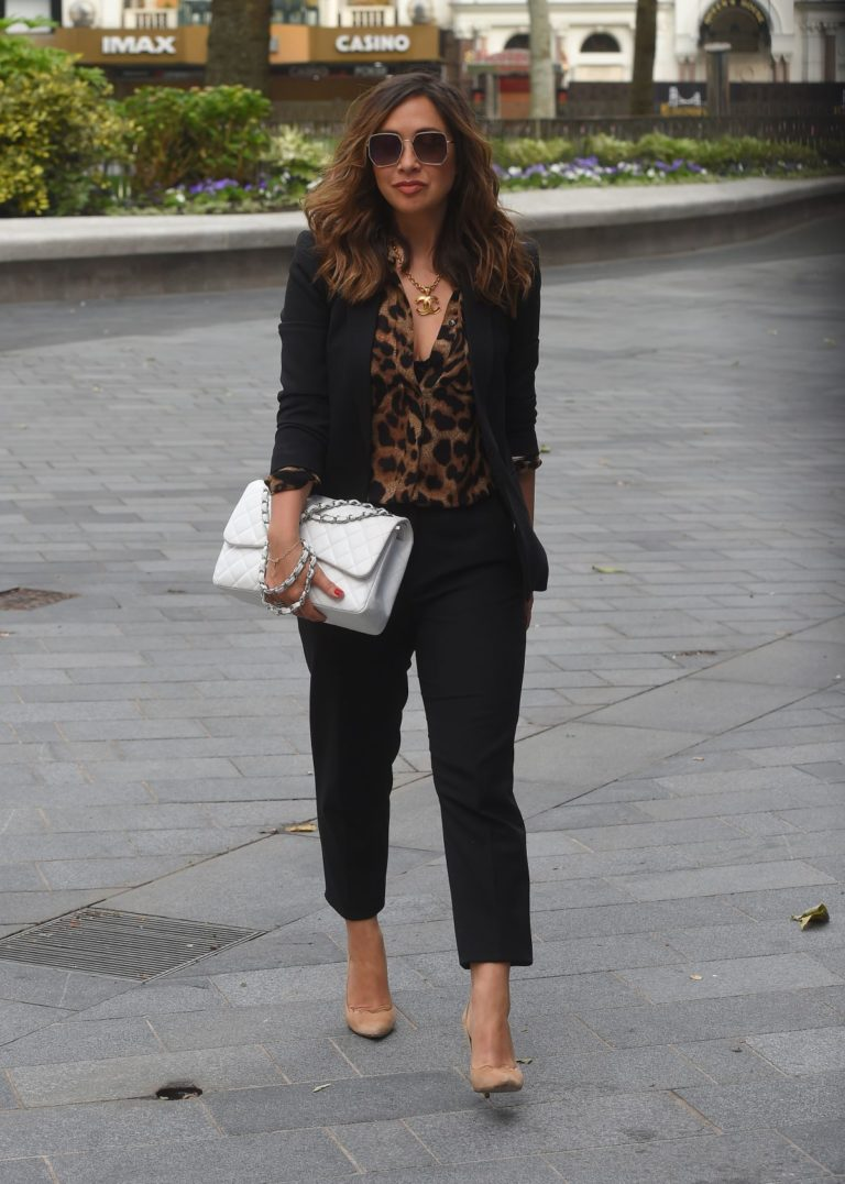 Myleene Klass Arrives at Global Radio in London 2020/06/12 3