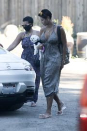 Nicole Murphy Out and About in Malibu 2020/06/14 1