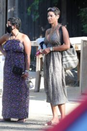 Nicole Murphy Out and About in Malibu 2020/06/14 6