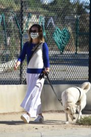 Olivia Wilde Out with Her Dog in Los Angeles 2020/06/07 11