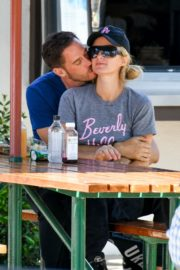 Paris Hilton and Carter Reum Out for Lunch in Malibu 2020/06/07 11
