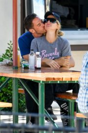 Paris Hilton and Carter Reum Out for Lunch in Malibu 2020/06/07 12