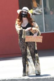 Phoebe Price at Black Lives Matter Protest in Los Angeles 2020/06/07 6