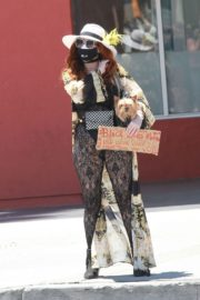 Phoebe Price at Black Lives Matter Protest in Los Angeles 2020/06/07 9