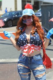 Phoebe Price at Black Lives Matter Protest in West Hollywood 2020/06/03 5