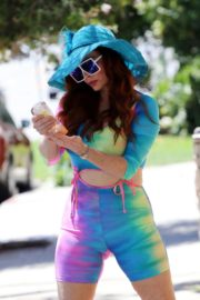Phoebe Price in a Colorful Outfit Out in Los Angeles 2020/06/08 1