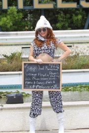 Phoebe Price Out Protesting Banner Photoshoot in Beverly Hills 2020/06/01 4