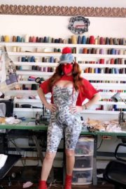 Phoebe Price Shows Off Her Variety of Face Masks 2020/06/04 4