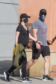Pregnant Katherine Schwarzenegger and Chris Pratt Out in Santa Monica 2020/06/01 3