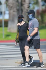 Pregnant Katherine Schwarzenegger and Chris Pratt Out in Santa Monica 2020/06/01 10