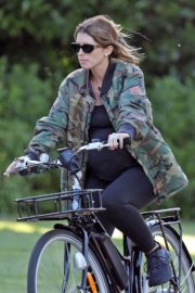 Pregnant Katherine Schwarzenegger Out Riding Bike in Los Angeles 2020/06/13 10