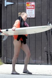 Robin Wright Surfing at a Beach in Malibu 2020/06/12 2