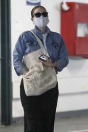 Rooney Mara Visits Her Doctor in Beverly Hills 2020/06/12 4