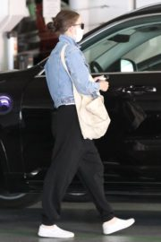 Rooney Mara Visits Her Doctor in Beverly Hills 2020/06/12 9