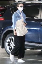 Rooney Mara Visits Her Doctor in Beverly Hills 2020/06/12 12