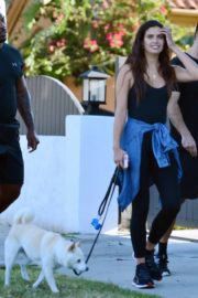 Sara Sampaio Out with Her Dog Kyta in Los Angeles 2020/06/07 3