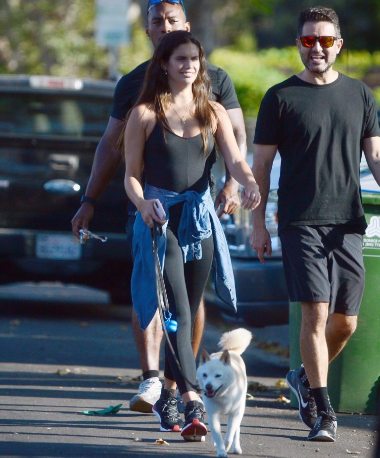 Sara Sampaio Out with Her Dog Kyta in Los Angeles 2020/06/07 10